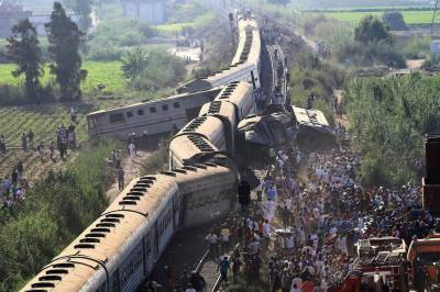 42 killed, over 100 injured as trains collide in Egypt