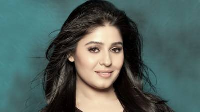 Reason of Sunidhi Chauhan's absence from limelight revealed