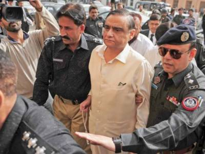 SC permits Dr Asim Hussain to travel abroad