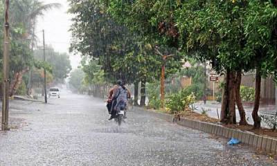 Heavy rain with thunderstorm expected in different parts of country: met