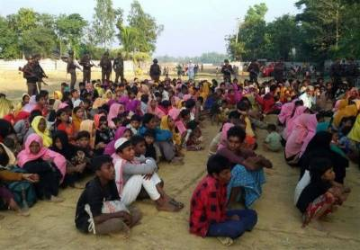 UN seeks increase in aid for Rohingya; Myanmar hunts for bodies