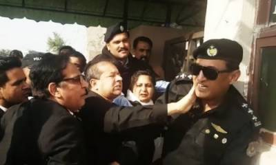 Punjab govt sacked advocate who slapped police officer outside NAB court
