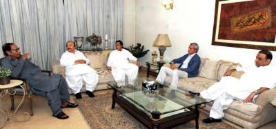 NAB summons PTI's Aleem Khan and PML-Q's Ch Shujaat, Pervaiz Elahi