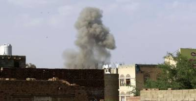 Saudi-led strikes hit defence ministry in Yemen capital