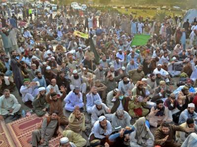 Religious parties' sit-in: IHC orders authorities to clear Faizabad Interchange till Saturday