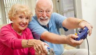 Playing video games cut dementia risk in seniors