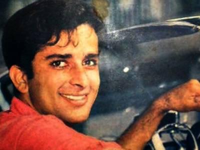 Veteran actor Shashi Kapoor dies at 79