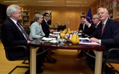 Britain, EU clinch Brexit 'breakthrough' with move to trade talks