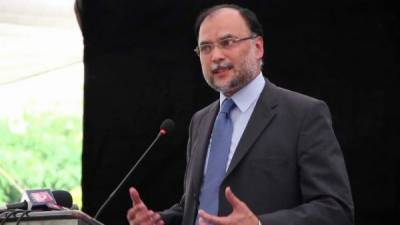 Indian army chief's statement irresponsible: Ahsan Iqbal