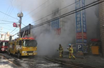 Blaze in S. Korean hospital kills 31, injures more than 70