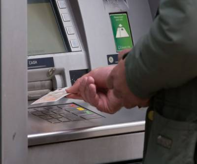 ATM makers warn of 'jackpotting' hacks on US machines