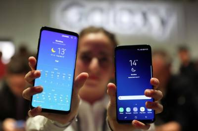 Galaxy S9 vs iPhone X: Samsung's latest takes on Apple's best