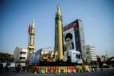 Iran not to negotiate until US, Europe dismantle their nuclear weapons