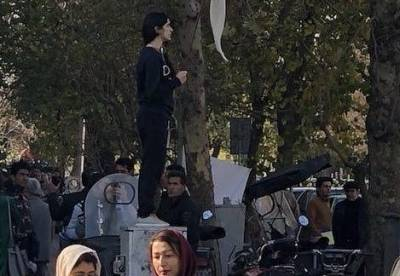Woman sentenced to prison for removing 'hijab' in public