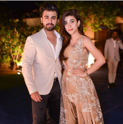 Social media reacts over Urwa, Farhan's picture with HSY