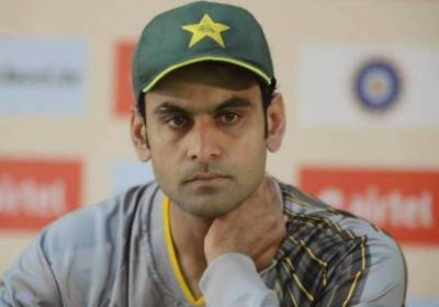 Hafeez to bowl in international cricket after ICC clearance