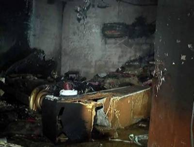 8 burnt to death as woman sets house on fire