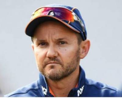New Zealand cricket coach Mike Hesson resigns