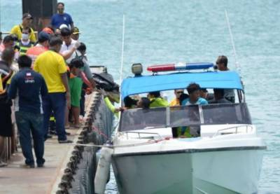21 dead, many more bodies seen after tourist boat capsizes in Thailand
