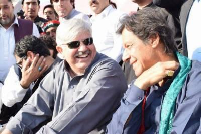 Imran Khan nominates Mehmood Khan as KP CM