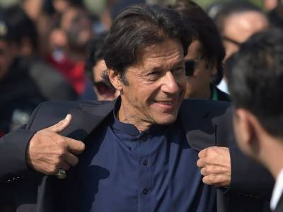 PM Imran Khan to address nation on Sunday evening