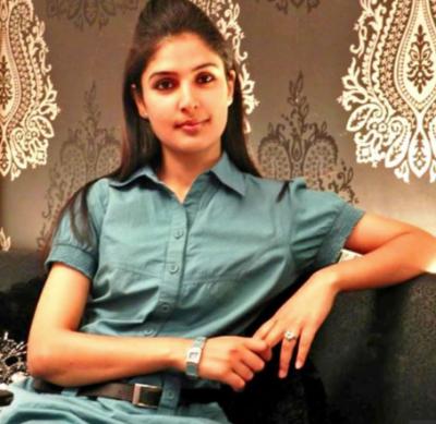 Iram Habib becomes first Kashmiri Muslim woman pilot