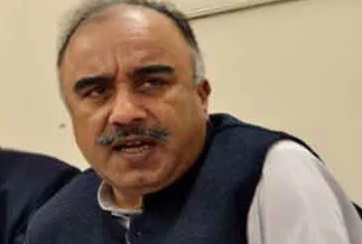 Shah Farman sworn in as Khyber Pakhtunkhwa governor