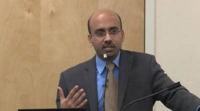 Dr Atif Mian to step down from Economic Advisory Council