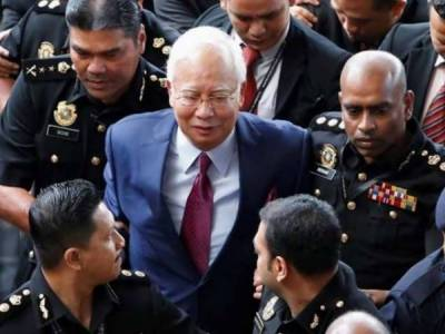 Former Malaysian PM Najib arrested in massive corruption case