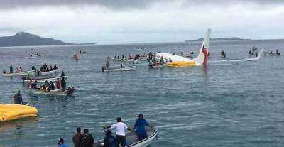 Passengers, crew safe as plane crashes into sea in Micronesia: (Video)