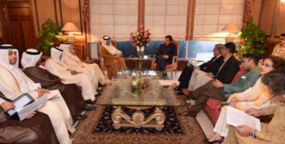 PM Imran Khan invites Qatari investors to Pakistan