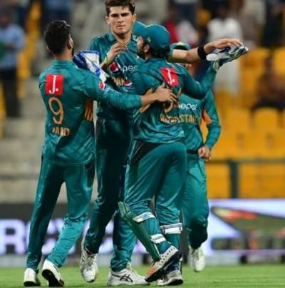 Pakistan set  280 runs target for New Zealand in series-decider