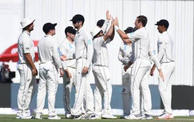 New Zealand beat Pakistan in third Test, clinch series 2-1