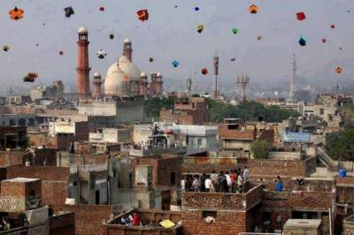 LHC moved against lifting of Basant ban in Punjab