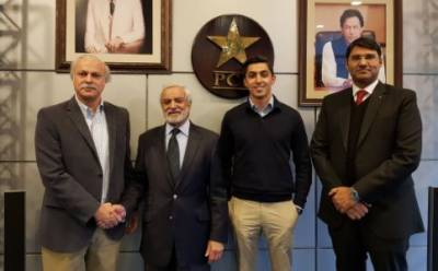 PTI's Ali Tareen wins bid for PSL's 6th team
