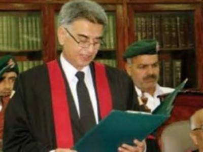 Peshawar High Court judge, driver critically injured in gun attack