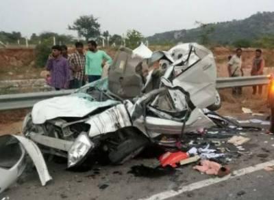 Car-bus collision claims three lives in Hasilpur