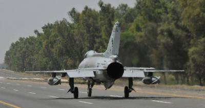 Watch: PAF fighter jets carry out successful landing, takeoff exercise at motorway