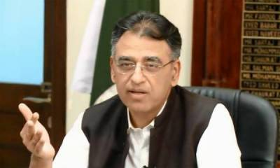 Asad Umar quits finance ministry, decides not to take any cabinet position