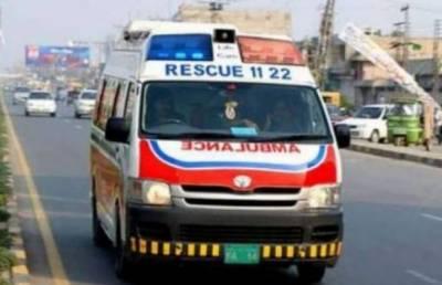 At least four killed, several injured in road accident near Lahore