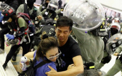 Several injured in Hong Kong anti-government protests