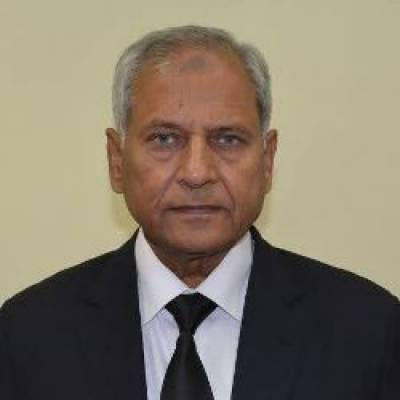 Justice (r) Altaf Ibrahim Qureshi sworn in as acting CEC