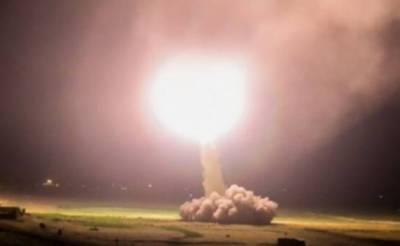 Iran fires missiles at US bases in Iraq