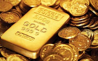 Gold hits record high, reaches Rs 96,300 per tola