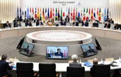Pakistan formally requests G-20 for debt relief