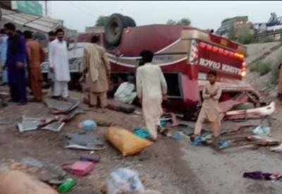 Road mishap near Khanewal leaves six dead, 30 injured