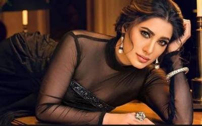 Indian media allegations: Mehwish Hayat says this kind of gutter journalism will not shut her up