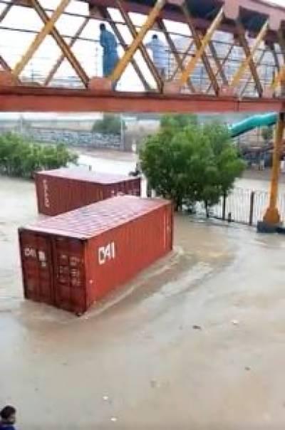 Streets, underpasses submerged as heavy rains lash Karachi