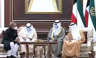 President Alvi visits Kuwait, condoles death of former ruler Sheikh Sabah